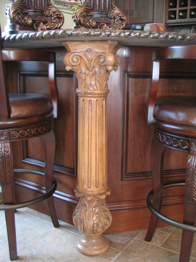 Acanthus Column in Cherry Wet Bar